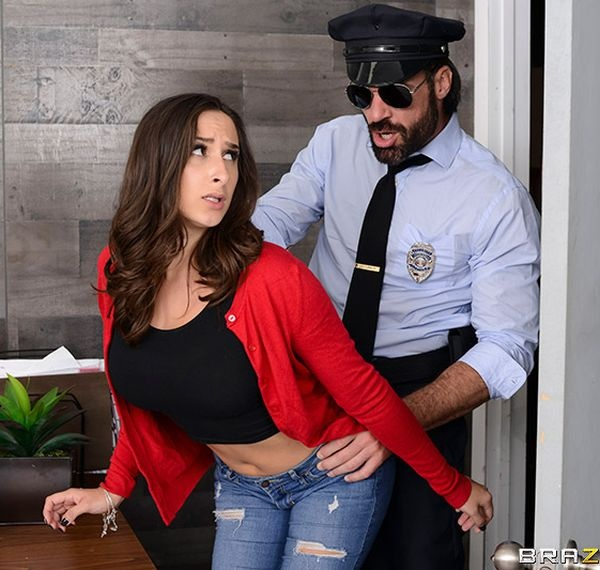 Ashley Adams - Mall Cop Cock [2019 | FullHD]